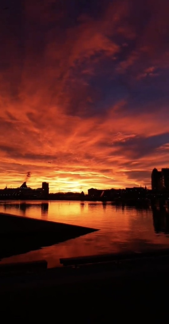 Photo of sunset from Norway by Emin